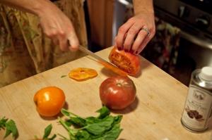 Tomato slicing
